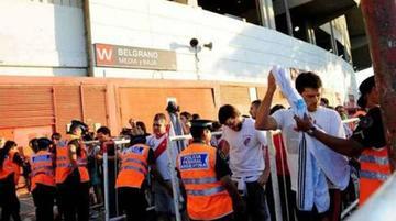 Crean registro de admisión a estadios