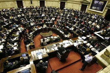 El kirchnerismo pierde diputados y provoca reacciones en Argentina