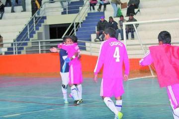 Concepción y Junín pelean su ascenso a la Liga del Futsal