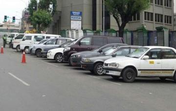 Detienen más de 450 vehículos por infringir auto de buen gobierno