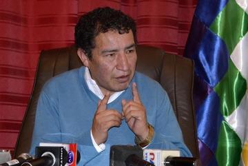 Diputado Borda tiene listo proyecto de ley para controlar uso de redes sociales