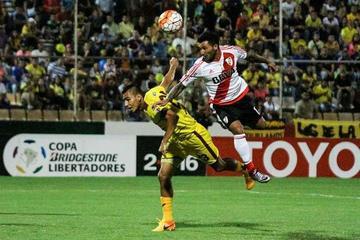 River Plate toma el liderato del grupo 1