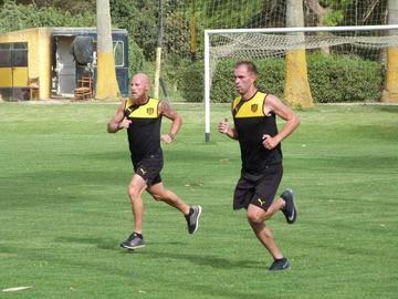 Peñarol recibe a Huracán
