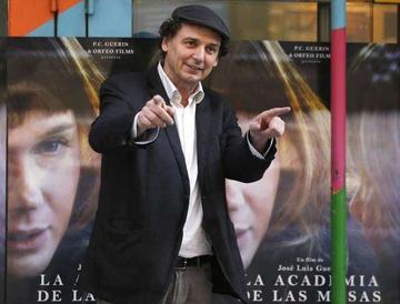 Cineasta critica la ostentación de cine actual
