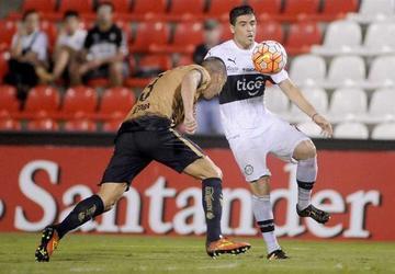 Sao Paulo y Olimpia buscan enderezar su camino en la Copa