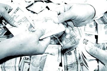 Trabajadores demandan un adecuado aumento salarial