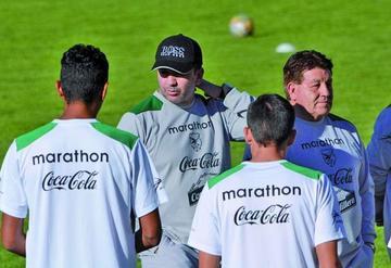 Baldi reservará a legionarios para visitar a la Argentina