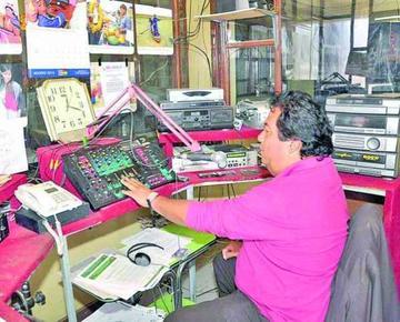 Asbora propone un decreto para impedir el cierre de 500 radios