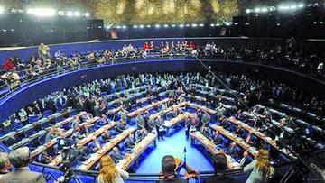 El Congreso de Brasil  acelera trámites para el juicio a Rousseff