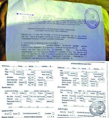 Revelan documentos que serían del hijo del presidente Morales