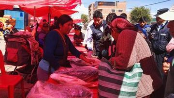 El pescado argentino inunda el mercado de la ciudad de Potosí