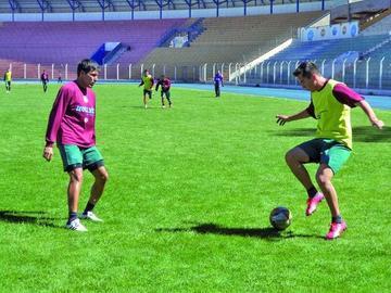 Malvestiti probará con Tobar y Muñoz en el ataque