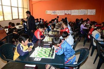 Más de ochenta jugadores participan del nacional de ajedrez