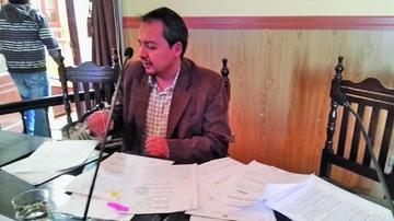 Concejal arraigado califica de política la situación jurídica en su contra