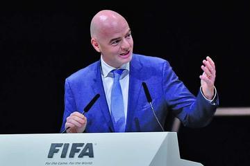El presidente de la FIFA arriba hoy a Bolivia