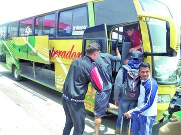 Nacional Potosí viajará hoy a La Paz
