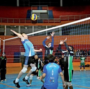 Santa Rosa vence a Lupita y se acerca al título en voleibol