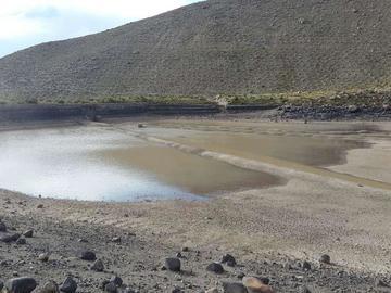 Potosinos sufren debido a la pérdida de agua para consumo