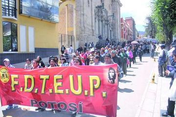 Maestros urbanos convocan a elecciones para este sábado 23