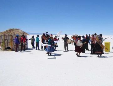 Hacen diagnóstico para promocionar sitios turísticos de Bolivia en Francia
