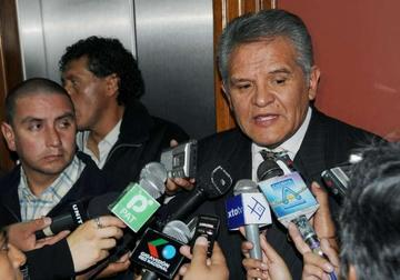 """Defensor califica de """"politico"""" el incendio en su residencia"""