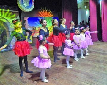 Ayer celebraron Día de la Danza