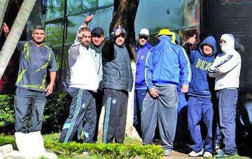 Expulsan de Paraguay a hinchas de Boca