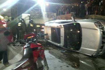 Jefe policial de Potosí se accidenta con cerveza decomisada y dice que no estaba ebrio