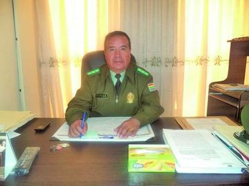 Fiscalía indaga al exjefe policial y  es sustituido por Hermes Cepeda
