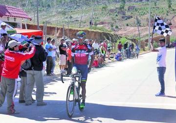 Soliz saca la cara por Potosí en el nacional de ciclismo