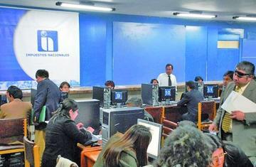 Contribuyentes seguirán sus trámites en impuestos vía internet