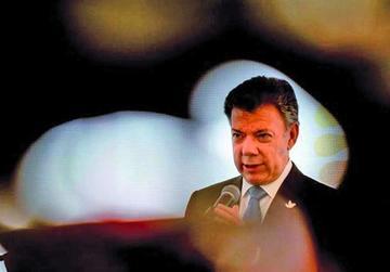 Santos exige al ELN que deje los secuestros para llegar a la paz