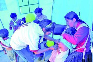 Inician la vacunación contra la A H1N1