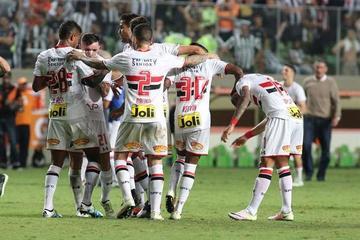Sao Paulo logra pasar a semifinales