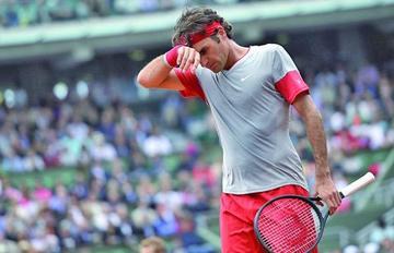 Federer se retira del Abierto de Francia