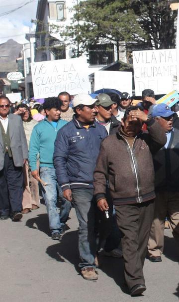 Comerciantes marchan hoy contra impuestos nacionales
