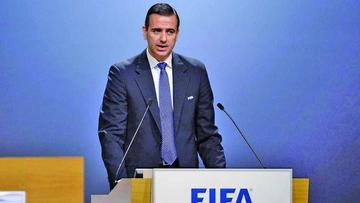FIFA destituye a su secretario general