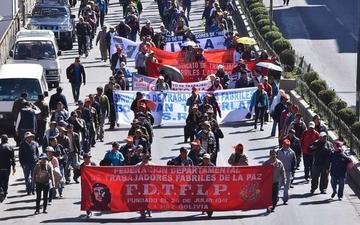 COB alista una masiva marcha contra el DS de cierre de Enatex