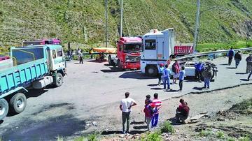 El transporte pesado retomará el bloqueo de caminos en el país