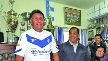 San José ratifica a su técnico Marcos Ferrufino