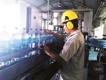 En Bolivia se cierran más empresas y se crean pocas