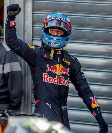 """Ricciardo logra la """"pole"""" en Mónaco"""