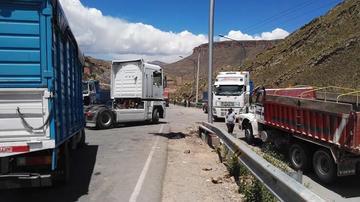Inician el bloqueo de carreteras exigiendo el cambio impositivo