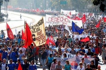 Chile: Sindicatos confirman paro nacional para este martes