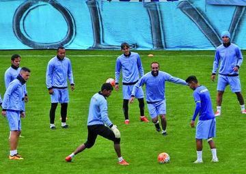 Bolívar jugaría partidos amistosos fuera del país