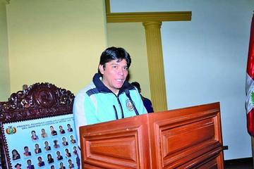 Exdirigente campesino del sur preside la Asamblea Legislativa