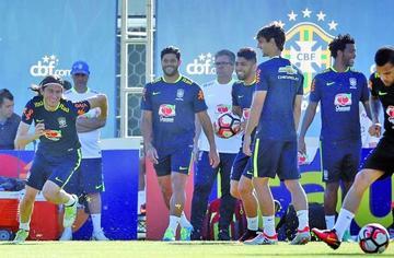 Brasil debuta ante Ecuador