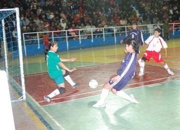 Nakever y Deportivo Criters buscan su pase a las eliminatorias en Llallagua