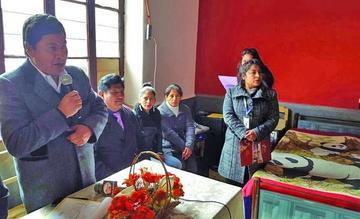 El gobernador abre refugio transitorio para personas