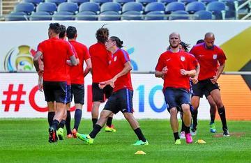 """Estados Unidos y Costa Rica se miden en el """"Soldier Field"""""""